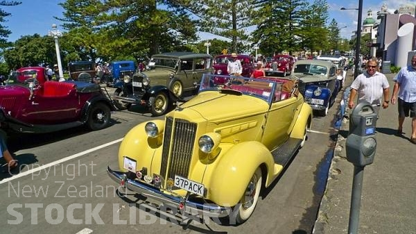 Napier;Hawkes Bay;Gardens;Art Deco;sculptures;promenade;Art Deco buildings;art deco festival;costumes;vintage vehicles;vintage cars