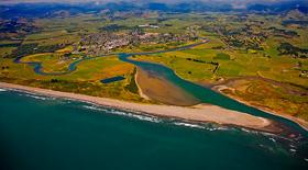 Bay Of Plenty River Images